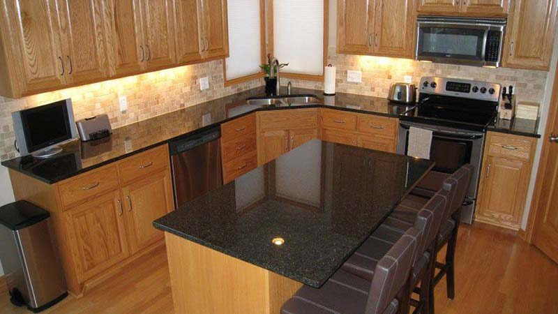 Ubatuba Granite Kitchen Countertops