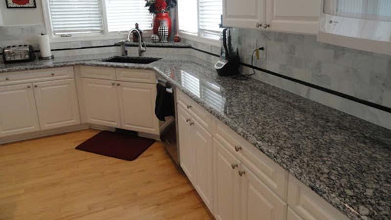 Spray White Corner Kitchen Top