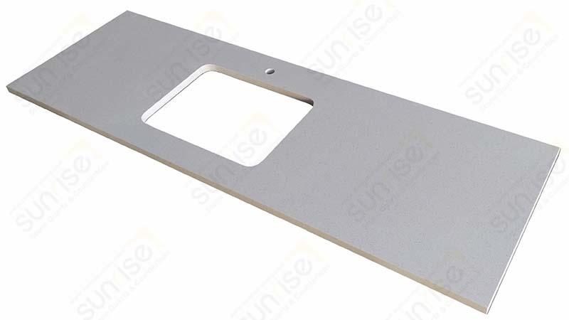 Blanco Maple Quartz Tables